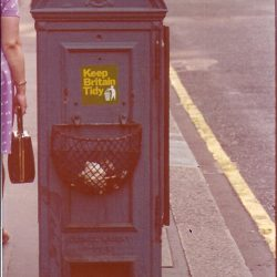 Streets of London - Keep Britain Tidy