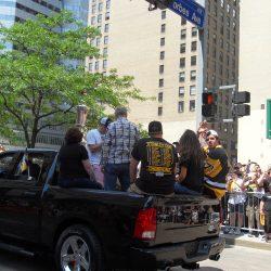 Malkin waving to the crowd